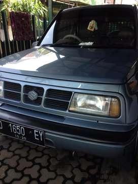 Suzuki Sidekick tahun 2000