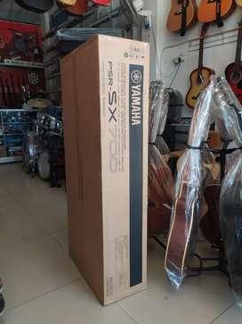 Keyboard Yamaha PSR-SX700