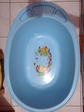 Tempat mandi bayi Lion Star