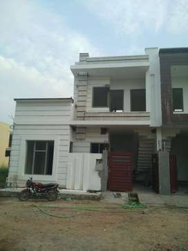 Impeccable kothi of 115 yards in new pal avenue
