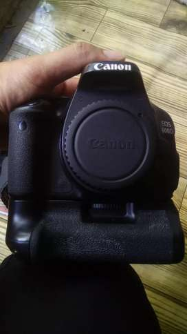 Canon 600D Lengkap Dos dll, bonus batre grip