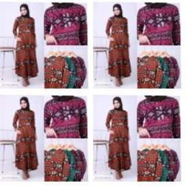 Julesya Batik Flare Maxi Dress