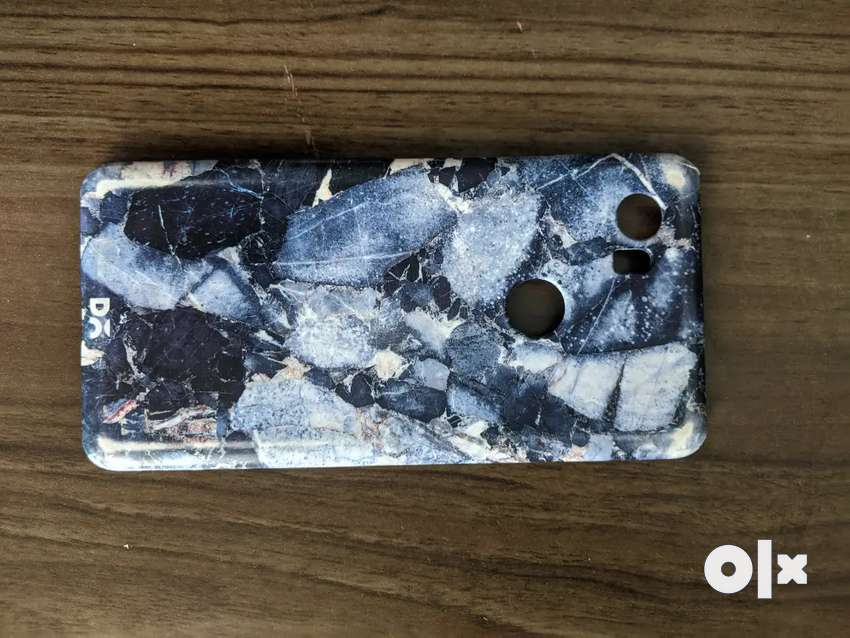 Blue Marble Google Pixel 2 XL Cover 0