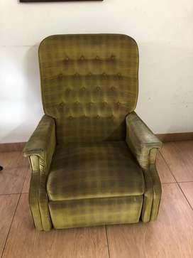 Single king size Sofa