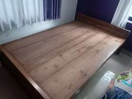 Wooden Double Cot with or without bed for sale