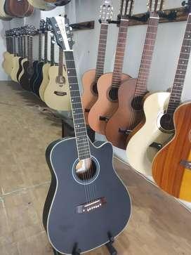 Gitar akustik gitar hitam