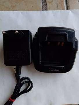 Dijual charger alinco type EDC-202 untuk ht alinco CRX1,CRX3 dan CRX5