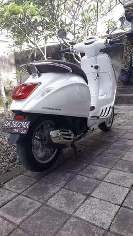 Vespa Primavera ABS tahun 2018 Bali dharma motor