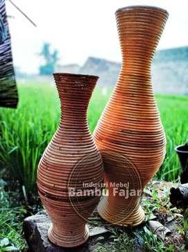 Vas bunga elegan