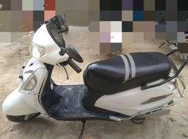 Suzuki Access 125cc white colour in excellent condition