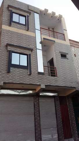 One shop and three rooms with attached bathroom nandara markete mardan
