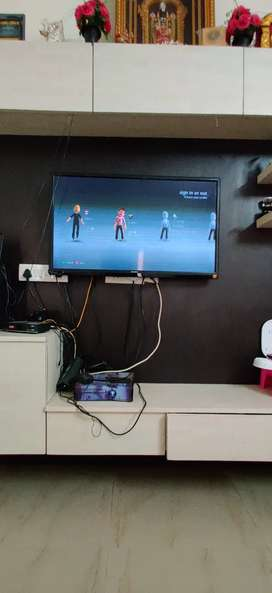 40 inches Sansui tv with bluetooth speaker and xbox 360