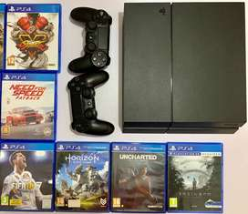 Playstation 4 with 18 Games for Sale