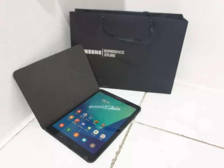 Samsung Tab S3 ( Hitam / Black ) 0