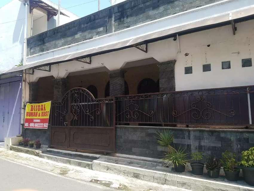 Dijual Pemilik Langsung Rumah + Kos di lokasi belakang UNS Solo 0
