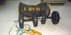 DUMBLES (10KG) WITH SLIPPING ROPE AND GYM BAG