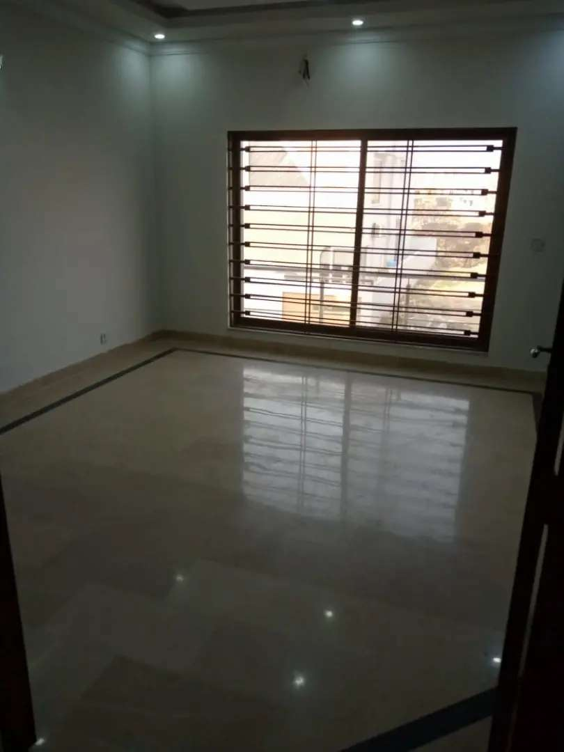 1knal doubel unit 6bed house 4 sale phase 2and3bahria town rwp