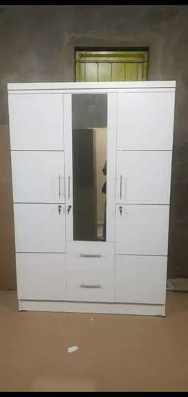 Lemari pakaian pintu 3 full putih plus laci Bgr3 Cod