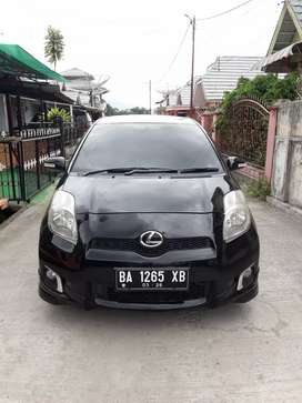 Yaris matic 2012