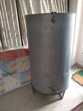Wheat Storage Chamber for Wheat or Rice with Stand - Parrola