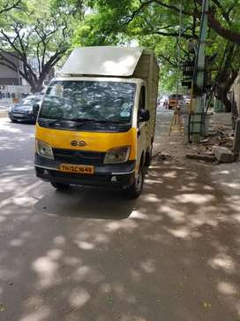 Tata ace full covered cantainer body