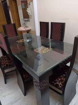 Fabulous dining table for sell