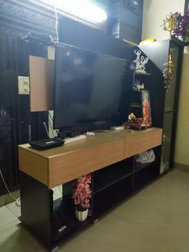 Cabinate/ tv box