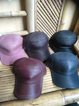 Topi kulit model marlboro