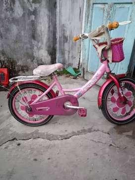 Jual sepeda anak ukuran 16 Rp. 300rb Pas