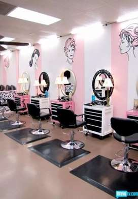 Contact#(O3O6-9514543) Running Beauty Parlour for sale