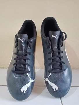 Sepatu bola PUMA original one 5.4 FG black white no.41