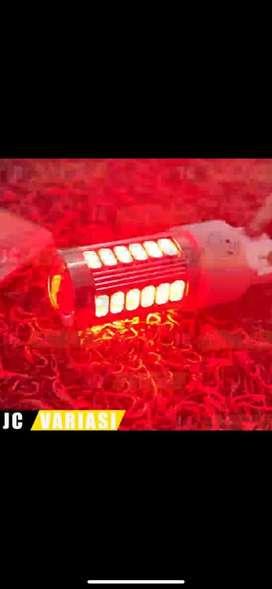 LAMPU MOBIL LED SEIN DAN STOP LAMP STROBO KEDIP T20 33 MATA - MERAH