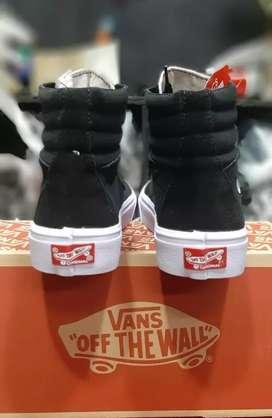Sepatu vans Sk8 hi mono black