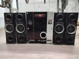 Universal  Home theater