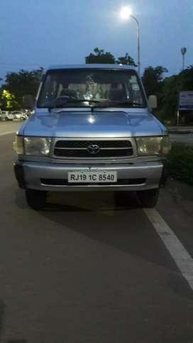 Toyota Qualis 2001 Diesel 208000 Km Driven