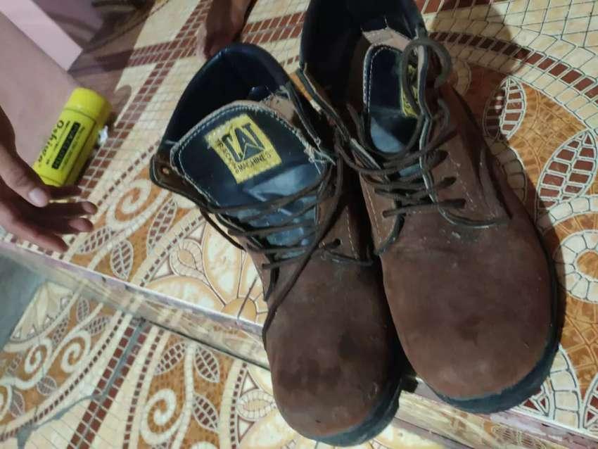 Dijual sepatu caterpillar 0
