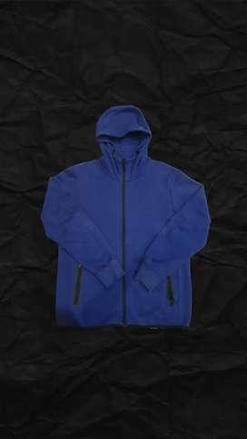 Hoodie Uniclo Basic
