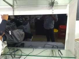 Takai flat 43 inch smart  tv..