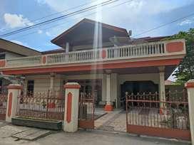 Murah !!! Rumah 2 Lantai serta seluruh isinya di Bukittinggi