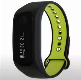 Fastrack fitness band