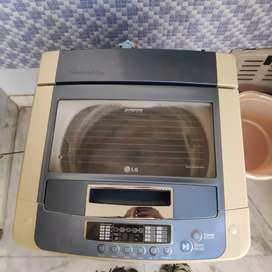 LG 6.5kg top load fully automatic washing machine