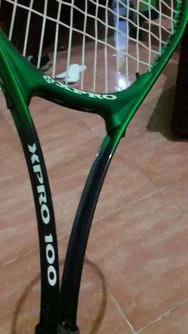 Raket Tenis wilson  dan  XPro