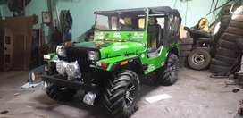 Green and black  colour combination jeep