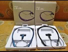 Level U Bluetooth Wireless Neckband in-Ear Earphones 4.1 Flexible Ster