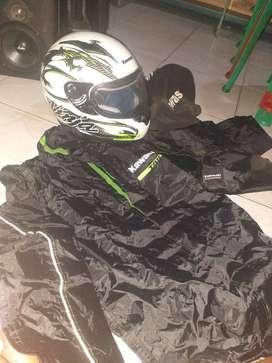 Helm Dan Jaket Kawasaki z250sl