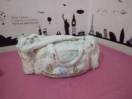 Tas Pesiar Untuk  Ibu & Dedek Bayi