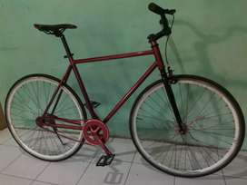 Fixie sepeda single speed