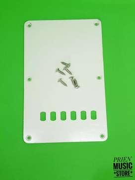 Cover tremolo stratocaster white