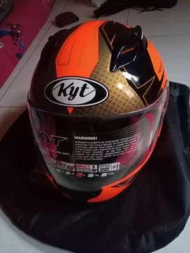 Di Jual Helm KYT Fullface