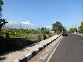 Tanah pinggir jalan raya dekat GOR Turida